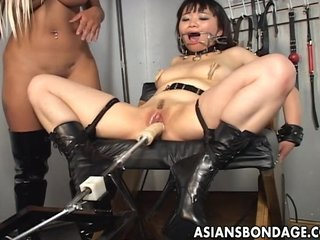 HD Asians tube Slave
