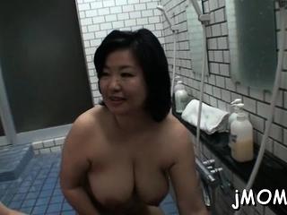 Mature Asians tube