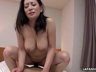 Japanese mature, Rei Kitajima sucks cock, uncensored