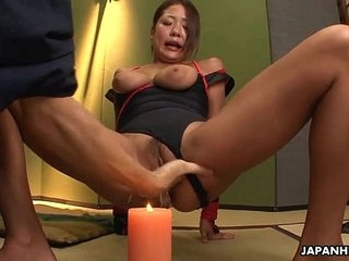 Kioko obtaining their way wet pussy to squirt coupled with shoot some water