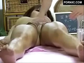 Japanese girl on girl sexual connection kneading - close down b close cam in kneading parlor