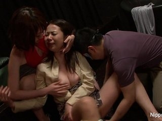 Japanese slut gets banged