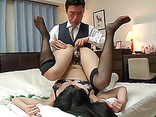 Sexy Japanese An fucks to realize a perfect score from moaning loudly