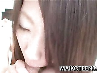 Japanese babe getting ready for lovemaking