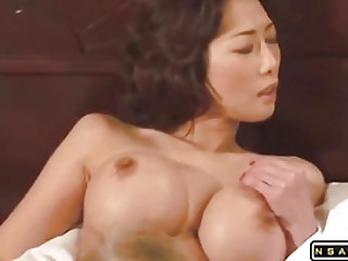 Chock-a-block Japanese Milf Has A Guy Skunk And Fucking Her Cunt Video