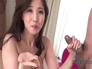 Runa Momose stunning blowjob coupled with deepthroat